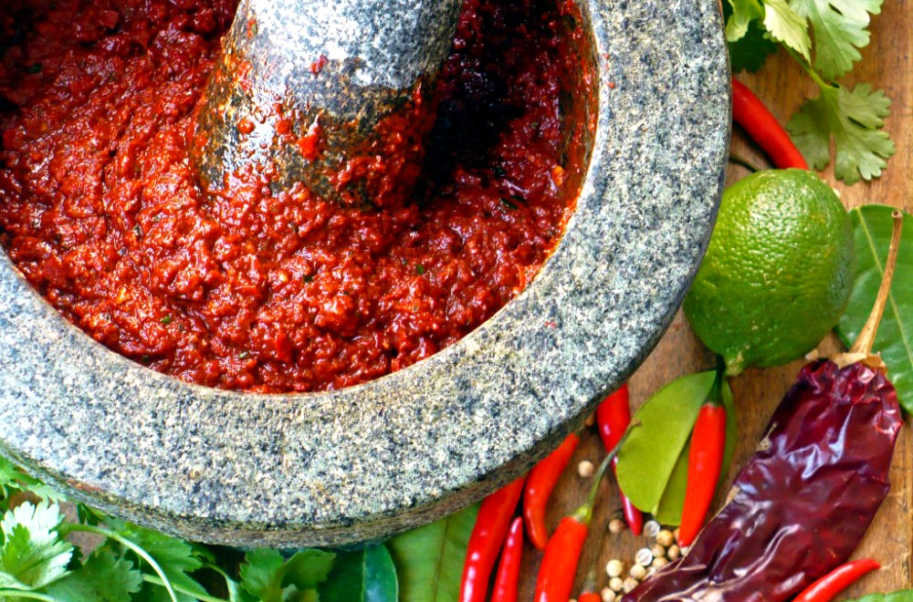 red curry paste 1000x660