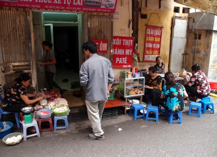 Hanoi - street market